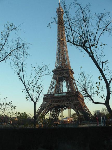 Tour-Eiffel-2-101213